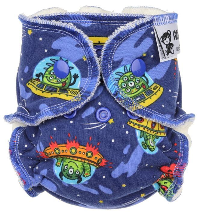 Flying saucer Fitted diaper with snaps