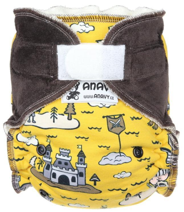 Knight (yellow) Fitted diaper with velcro
