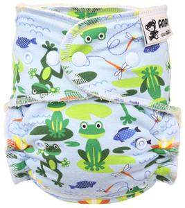 Frogs (light blue) Fitted diaper with snaps