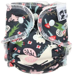 Unicorns (grey) Fitted diaper with snaps