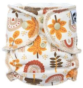 Autumn Fitted diaper with snaps